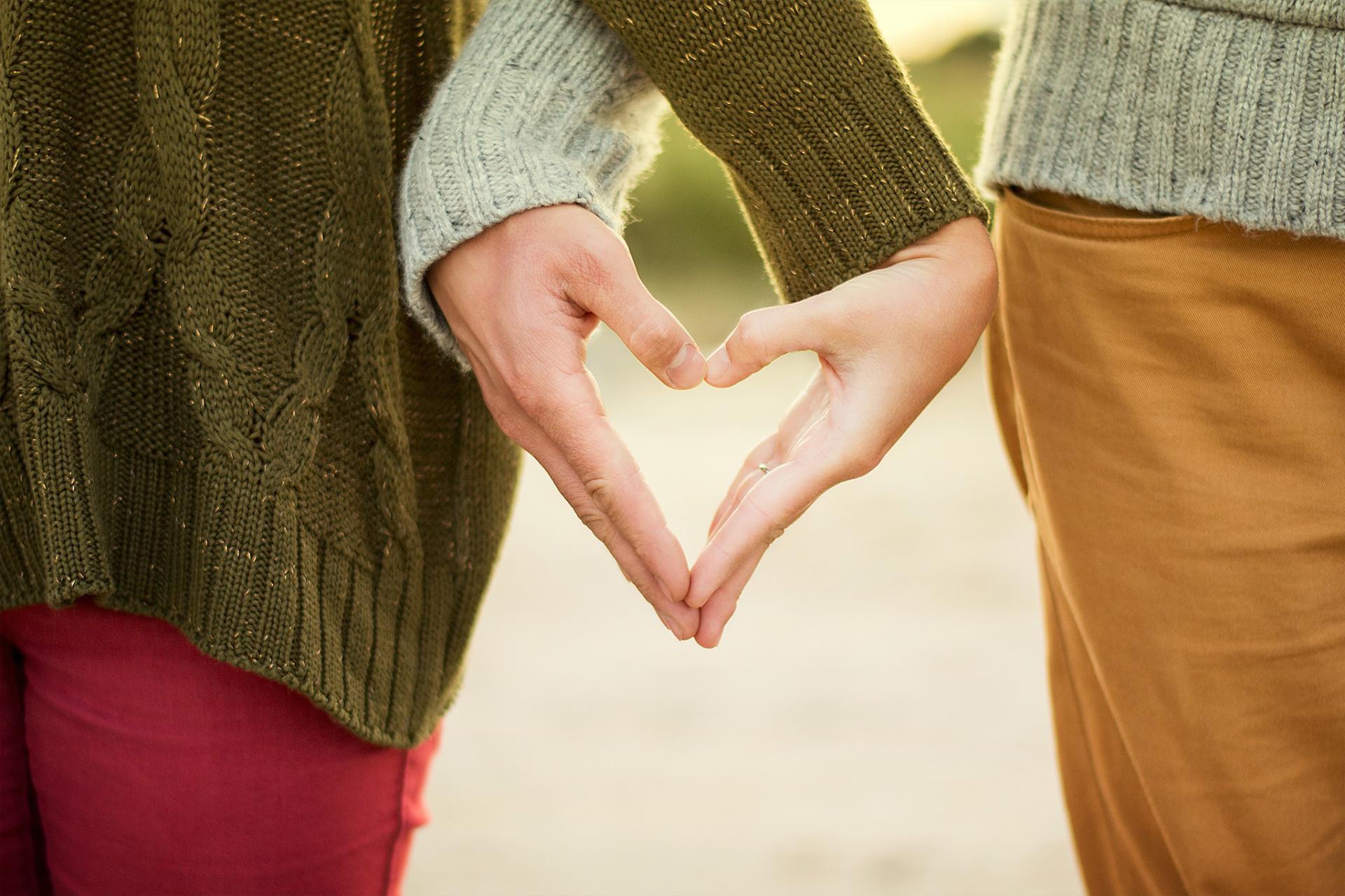 chessy hand heart